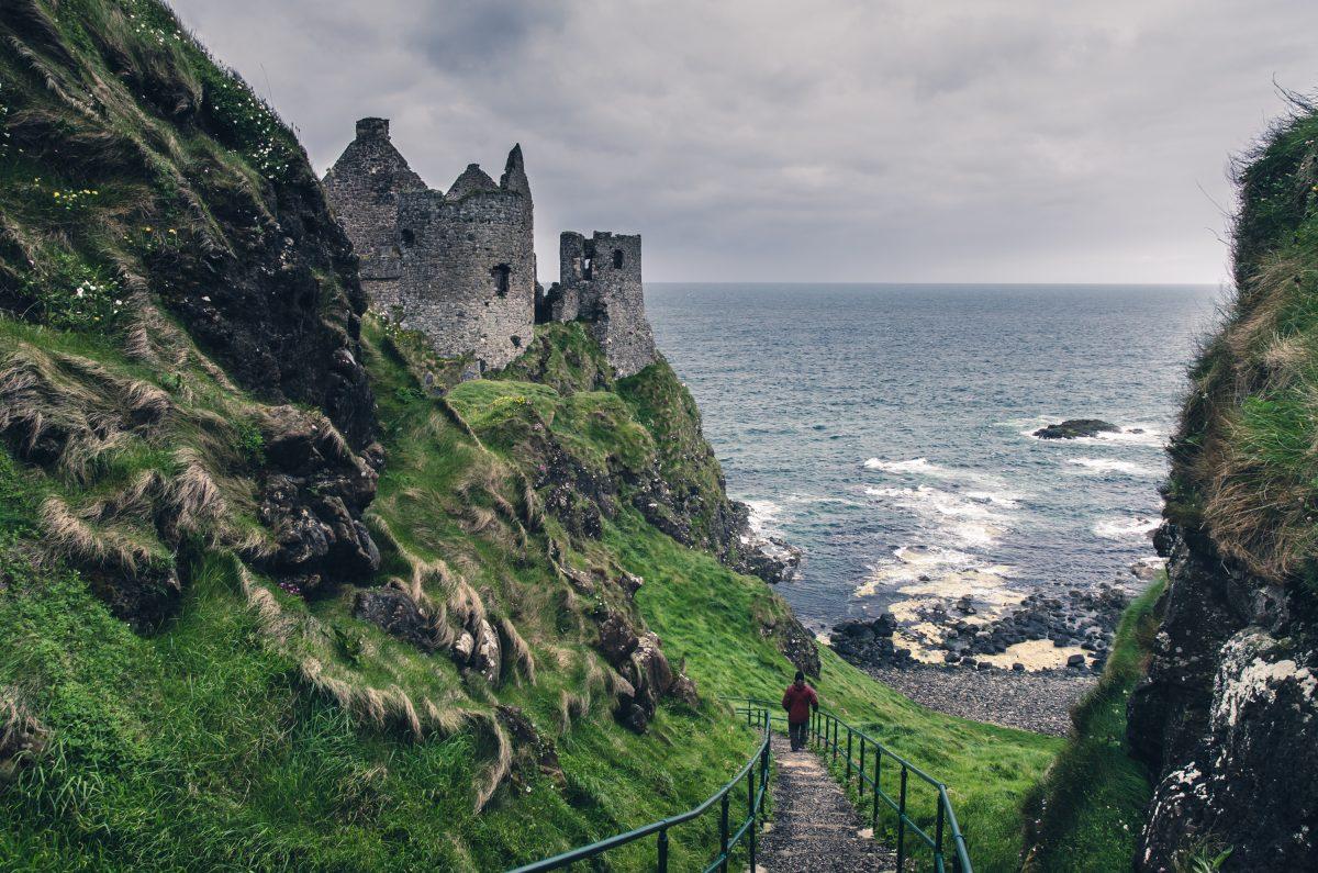 medieval-castle-on-the-seaside-ireland-PMK57EF-1200x795.jpg